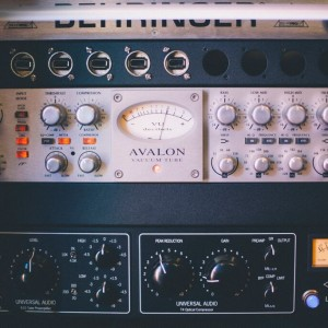 Avalon VT-737 & UAD LA-610 Channel Strips